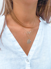 Load image into Gallery viewer, HEART ENGRAVE NECKLACE