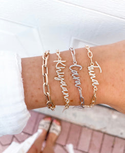 SCRIPT NAME ON A LINK CHAIN BRACELET