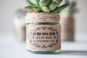 18 'Let The Love Grow' Favour Stickers