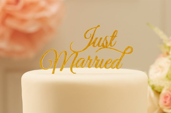 Just Married' Sparkling Gold Cake Topper