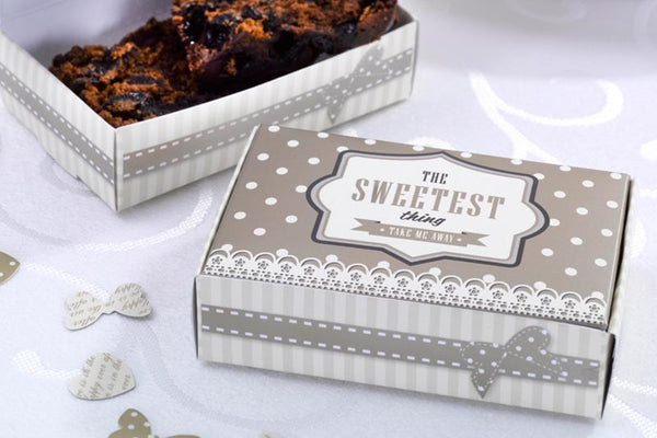 Set of 10 'The Sweetest Thing' Gold Cake Boxes
