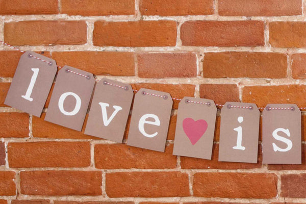 'Love is Sweet' Luggage Tag Bunting
