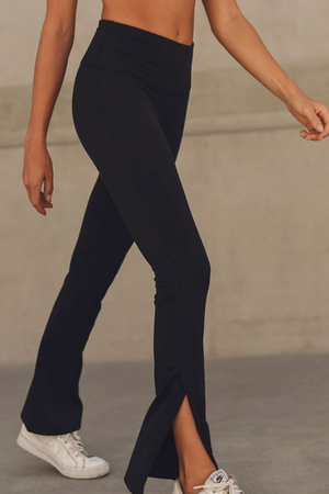 BLACK HIGH WAISTED YOGA PANTS WITH ANKLE SLITS