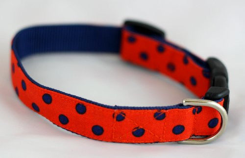 The Victory Bow Tie Collar