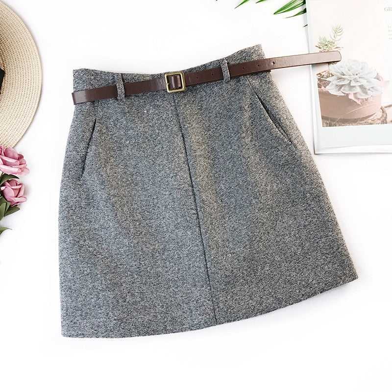 Vintage Mini Skirt With Belt - Trendsetterco