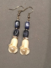 Load image into Gallery viewer, Cream Tulip with pearl, swarovski, lapis stone bead stem