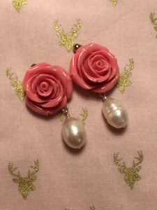Rose Pearl earring - Old Rose colored Resin Rose with Freshwater Pearl earring