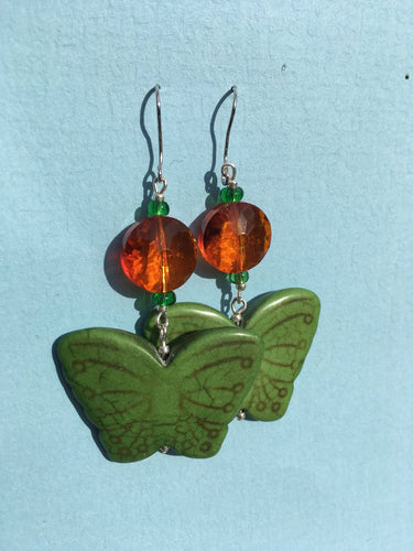 Green Butterfly Orange - Stone Butterfly with orange cut bead earring.