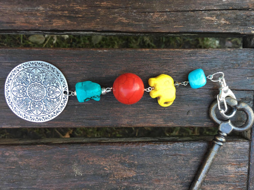 Yellow Crowned Elephant keychain zippercharm