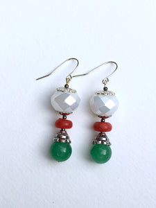 Green quartzite bead with amber red Howlite disc bead on larger white rose cut bead silver earring