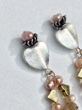 Load image into Gallery viewer, Devine Heart with pearls and shell