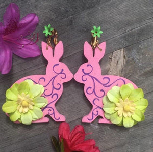 Hand painted wooden Pink Gardenfriend with green flower on vintage clip-on earring
