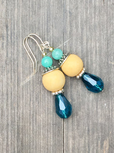 Ocean blue drop on lemon yellow bead and turquoise quartzite finial silver earring
