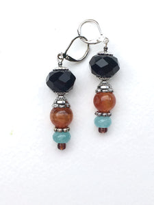 Sparkling black rose cut bead with gorgeous amber and lightblue rose cut quartzite silver earring