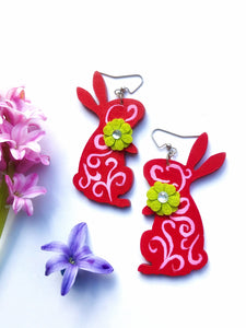 Hand painted Red with Green Flower brooch earrings