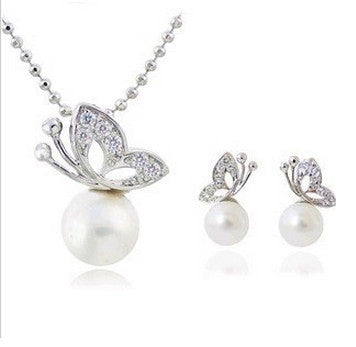 full rhinestone butterfly imitation pearl Earrings and Necklace Jewelry Set