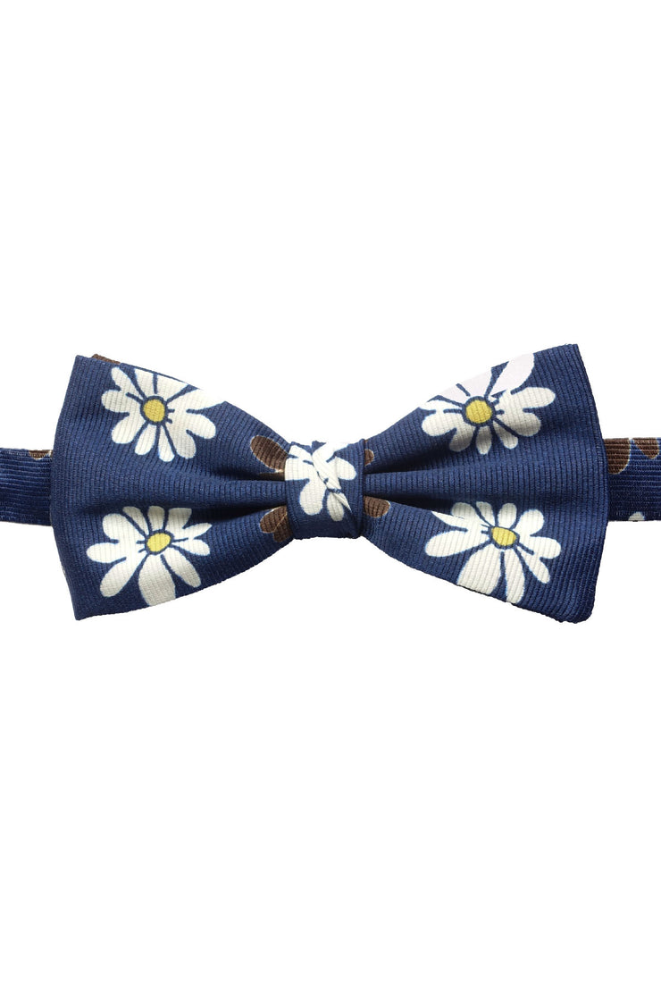 silk hand made bow tie ready tied with blue background and white and brown deisy