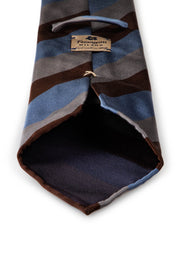 back of the luxury hand made tie with fumagalli label