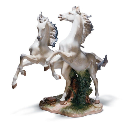 Lladro Porcelain Free As The Wind Figurine LE 1500 Figurines Lladro