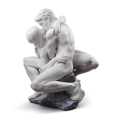 Lladro Porcelain Passionate Kiss Figurine White Figurines Lladro