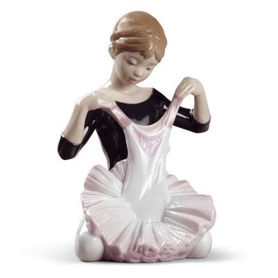 Lladro Porcelain My Debut Dress Figurine Figurines Lladro