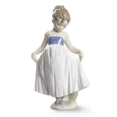 Lladro Porcelain Look At My Dress Figurine Figurines Lladro