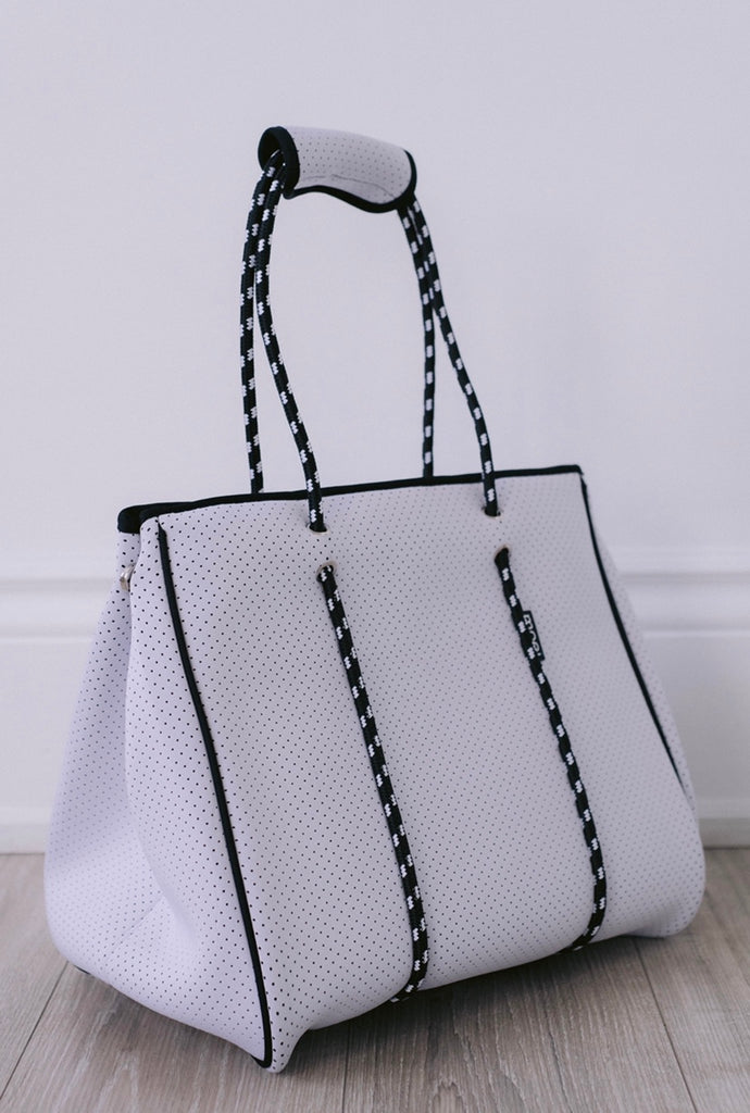 *NEW* Winter White with Zipper