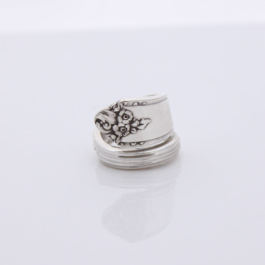 Antique Silver Wrap Around Ring (Size L)