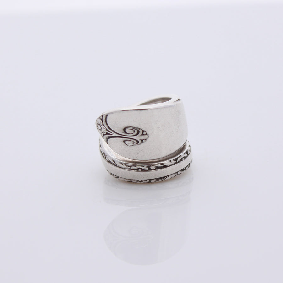 Antique Silver Wrap Around Ring (Size J)