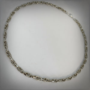 Medium Chain Mail Necklace in Silver