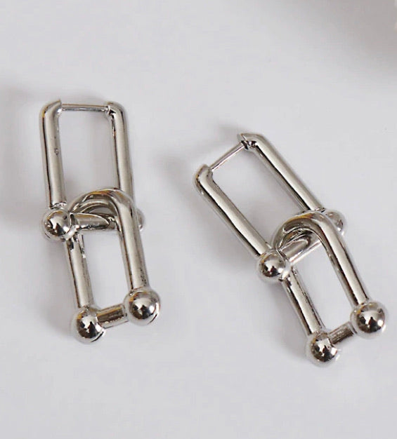 HEAVY METAL COLLECTION - Chain Link Earrings in Silver