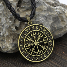 Load image into Gallery viewer, Viking Icelandic Vegvisir Circle Pendant