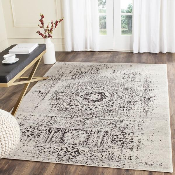 Safavieh Evoke 260 Ivory / Black-Area Rug-Safavieh-The Rug Truck