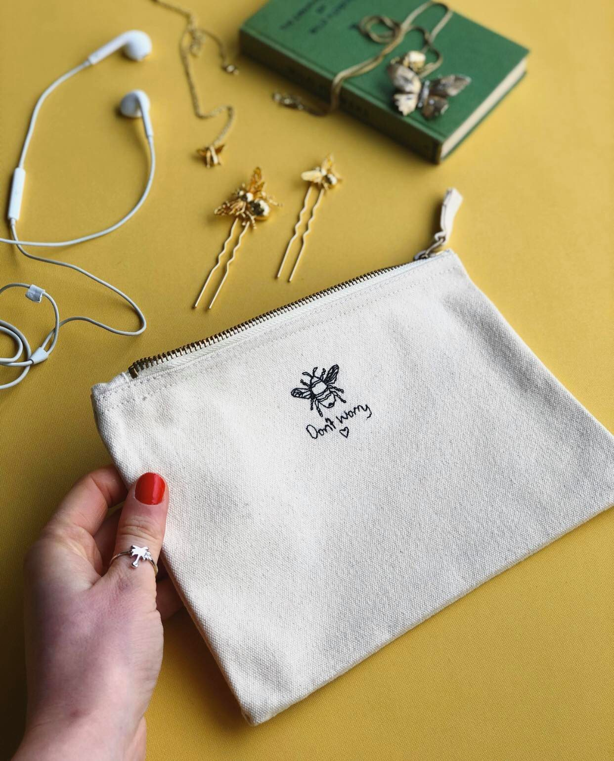 Dont worry bee embroidered accessory pouch
