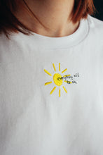 Load image into Gallery viewer, Organic t-shirt embroidered everything will be ok sun tee