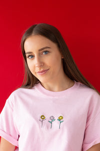 Unisex T-shirt with sunflower embroidery