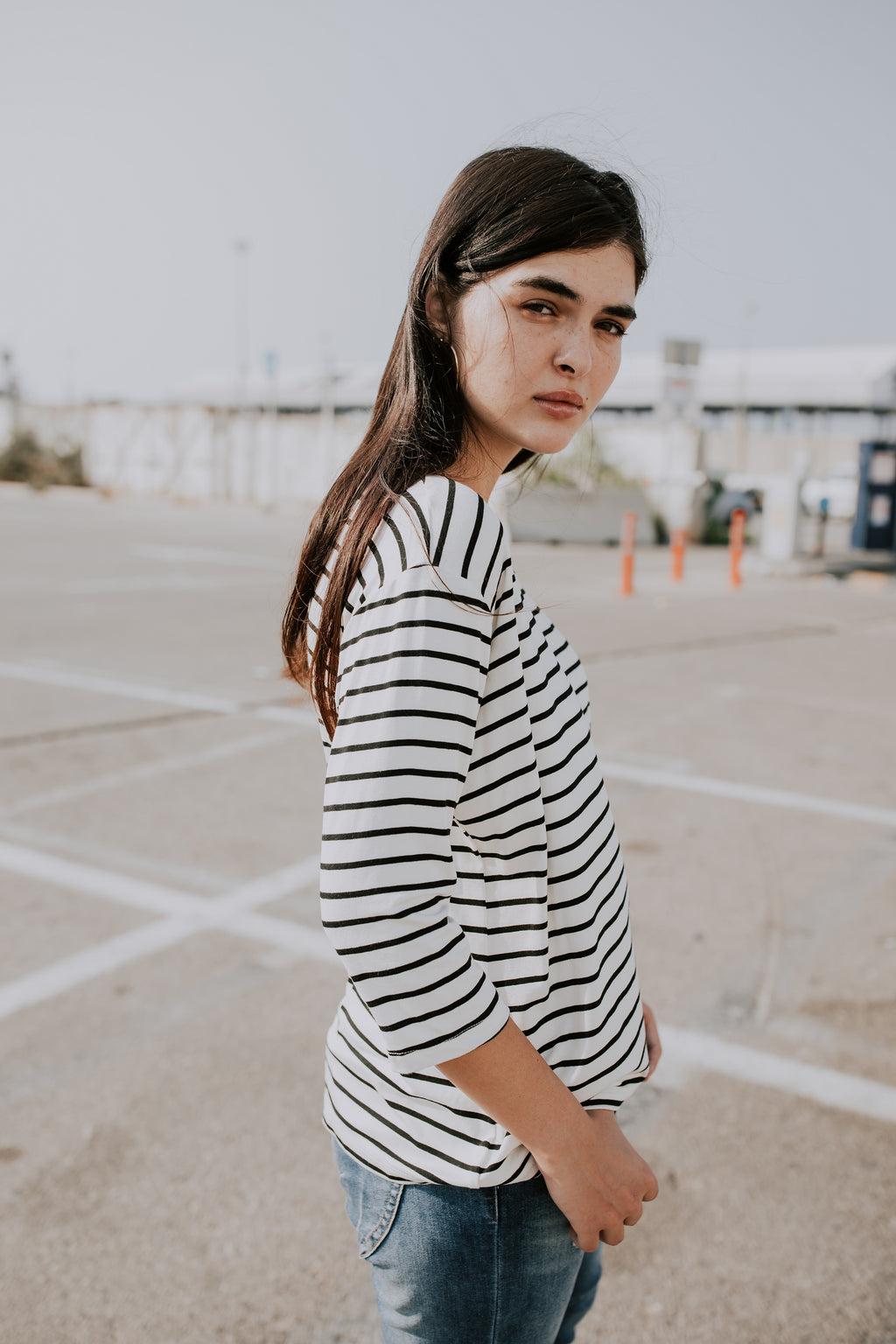 SH SHIRT -BLACK STRIPES