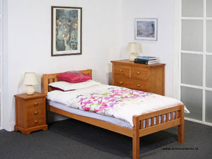 4ft6 Pine Bed Frame €270 | Complete with Mattress |