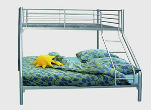 Silver Triple bunk bed Metal 4ft6 with one mattress 4ft6 Dreamworld model Alba to collect