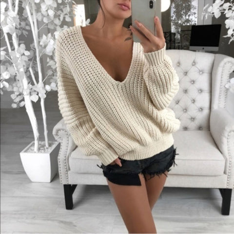 Women's Modern Low Round Neck Long Sleeve Top