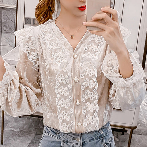 Women's fashion lace trumpet sleeve blouse