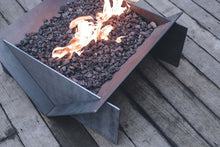 Load image into Gallery viewer, Stahl Gas Firepit + Gas Burner Kit