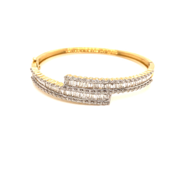 18k W/YG 3.00CTW Bangle