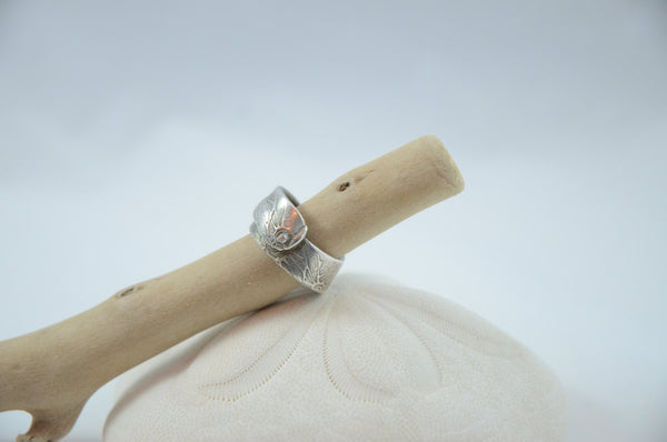Fine Silver and Cubic Zirconia Band Ring