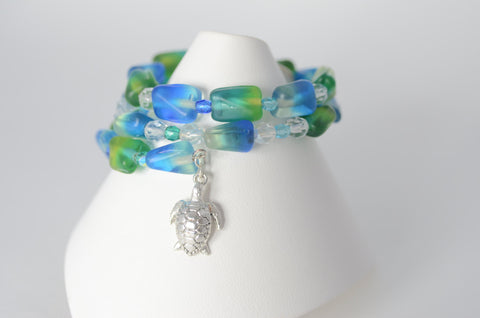 Memory Wire Bangle Bracelet with Turtle Charm