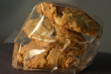 Load image into Gallery viewer, White Chocolate Oatmeal Craisin Cookie (3)