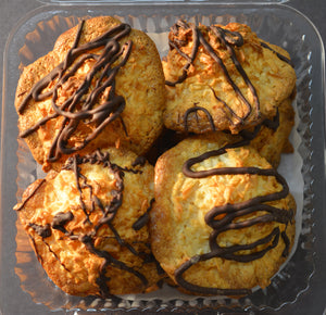 Chocolate Drizzled Macaroons (4)