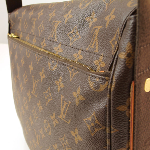 Louis Vuitton Messenger Beaubourg GM (Authentic Pre Owned)