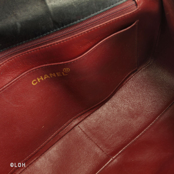 Chanel Chevron Lambskin Kelly Shoulder (Authentic Pre Owned)