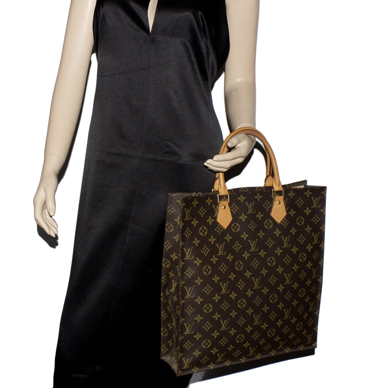 Louis Vuitton Monogram Sac Plat (Authentic Pre Owned)